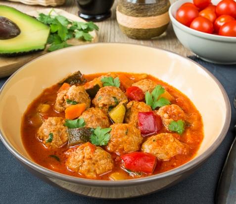 Альбондигас - мексиканский суп с фрикадельками