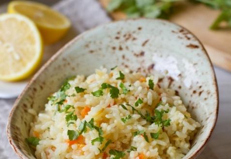 Острый рис в кокосовом молоке