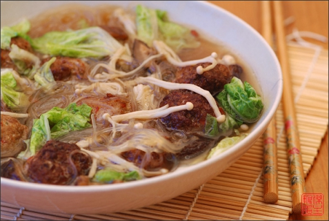 Рецепт - Фунчоза с говядиной и грибами