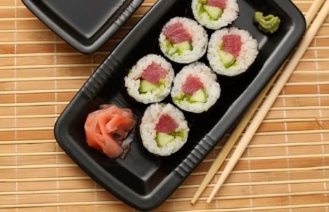 Рецепт - Роллы с тунцом и огурцом