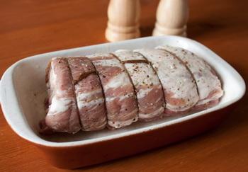 Обвязываем мясо
