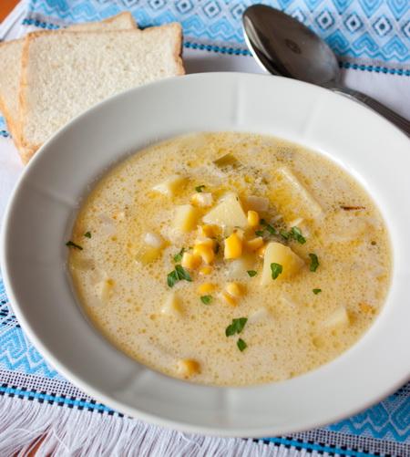 Сливочный суп с картофелем и кукурузой