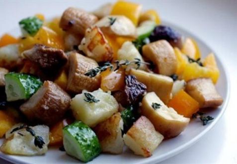 Рецепт - Картофельный салат с королевскими вешенками