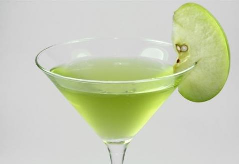 Коктейль «Яблочный мартини»