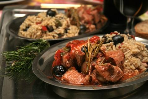 Мясо по-итальянски в томатном соусе