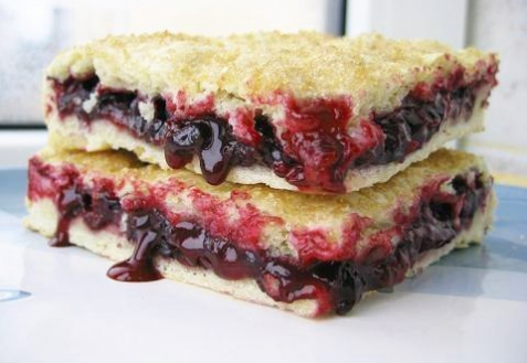 Постные блюда: Пирог со смородиной