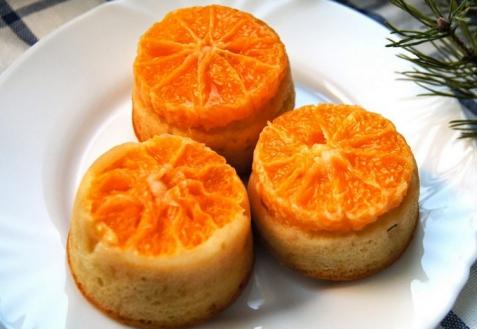 Кексы с мандаринами (видео)