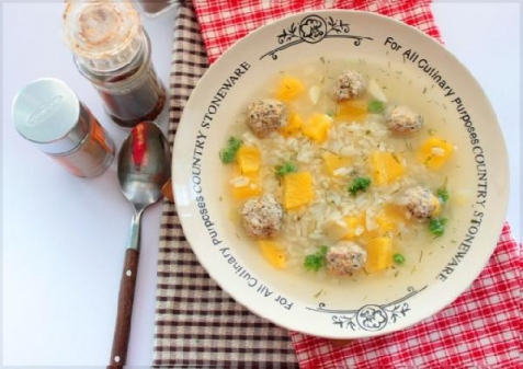 Рецепт - Тыквенный суп с рисом и мясными шариками