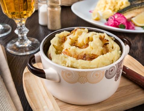 Картофельное пюре с сыром и луком