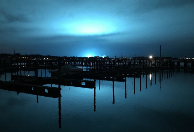 Голубой свет над Нью-Йорком