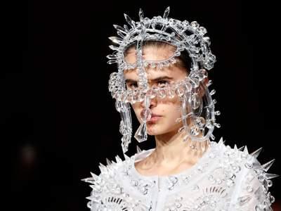 В Париже открылась Неделя моды. Фото