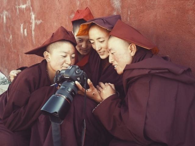 Портреты тибетских монахов от Giacomo Bruno.