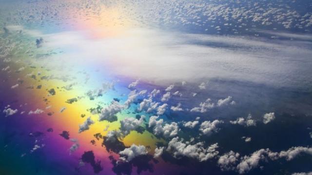 Облака и радуга