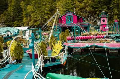 Уникальный плавучий остров, созданный в Канаде. Фото