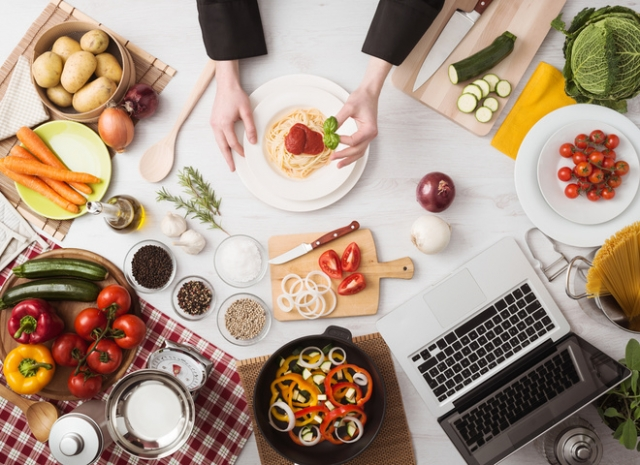 15 кулинарных лайфхаков, которые помогут тебе на кухне