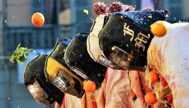 Итальянский фестиваль «Битва апельсинов».