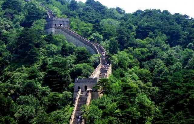 Семь чудес света: Великая китайская стена.
