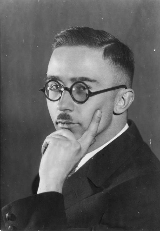 Bundesarchiv_Bild_146II-783_Heinrich_Himmler.jpg