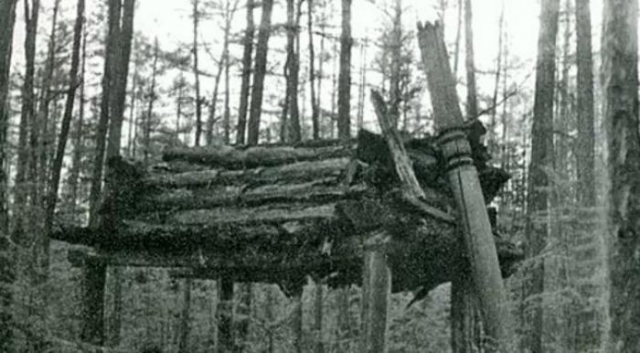 Арангас - место захоронения шамана.