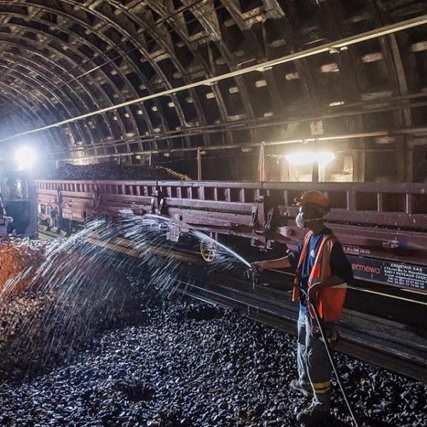 30 снимков парижского метро, у которого есть свой аккаунт в Инстаграме