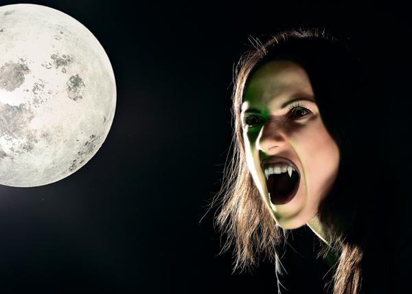 Вампиры в наше время существуют!
