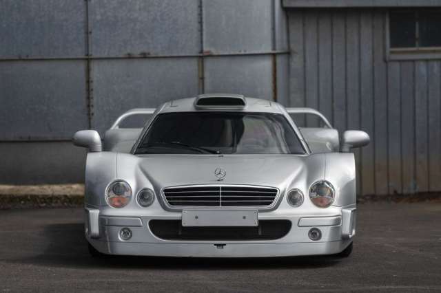 Самый редкий суперкар Mercedes продадут по цене двух Bugatti Chiron