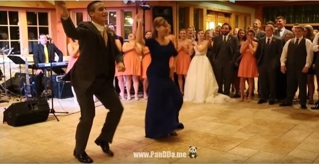 Танец жениха с мамой ошеломил концовкой