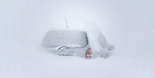 """Результат пошуку зображень за запитом """"Последствие снежной бури в Европе в свежих фотографиях - фото."""""""