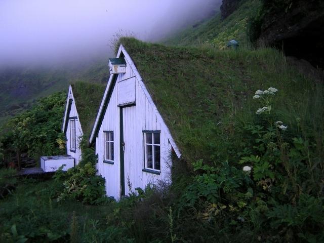 Уникальные домики вдали от цивилизации (Фото)