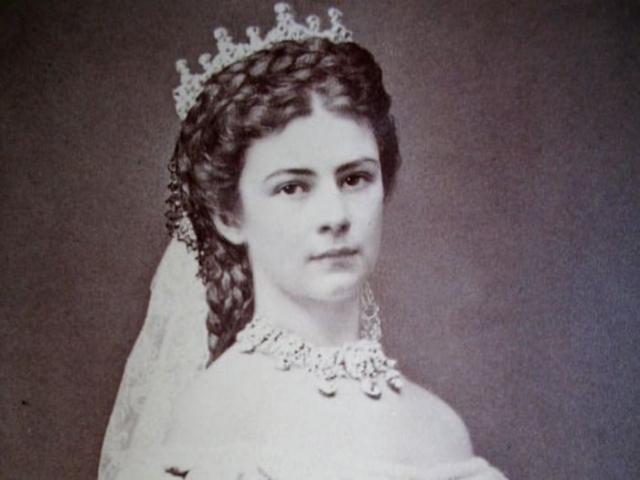 Императрица Елизавета Баварская.