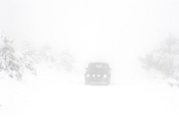 Фото 2 - Экстремальное вождение: как правильно рулить на снегу