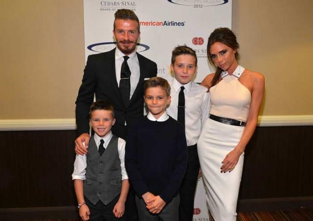 Супруги с сыновьями. / Фото: www.enstarz.com