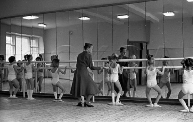 Детская хореографическая студия. СССР, Новокузнецк, 24 сентября 1981 года.