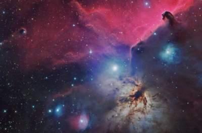 Ученые показали уникальный снимок с тремя космическими туманностями сразу