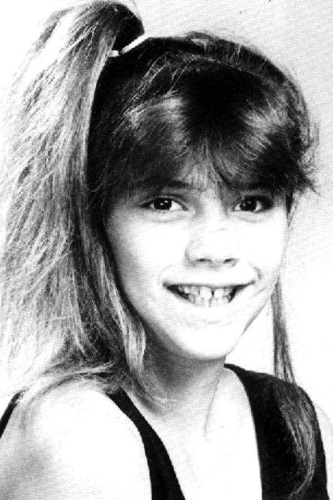 Виктория Адамс в детстве. / Фото: www.poimut.ru