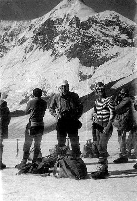 Кавказские горы опасны настолько же, насколько прекрасны.