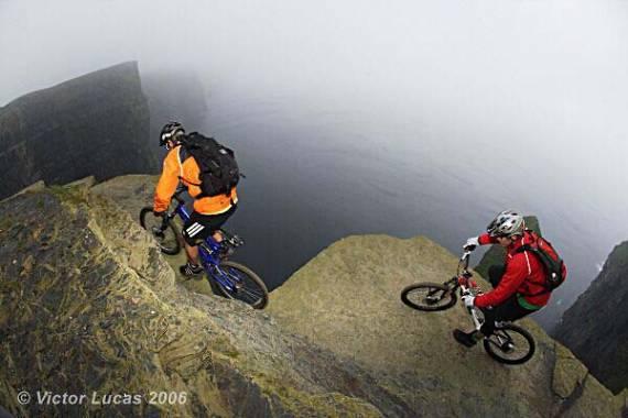 Картинки по запросу велосипедисты фото в горах