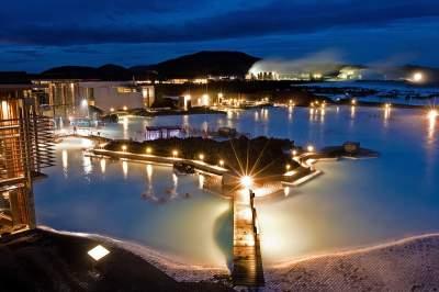 Голубая лагуна: исландские термальные источники невероятной красоты. Фото