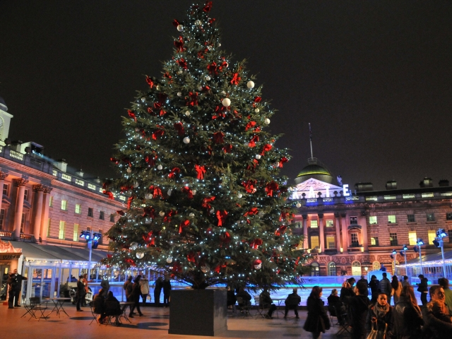 Фото: Самые волшебные огни рождественских улиц в мире (Фото)