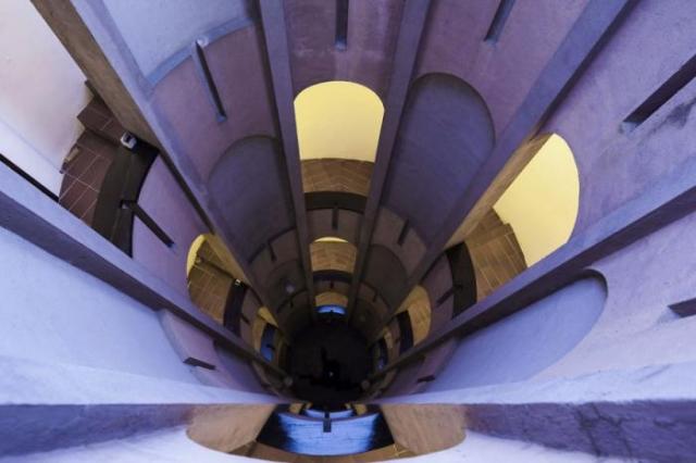 Фото: Заброшенная цементная фабрика превратилась в роскошную виллу (Фото)