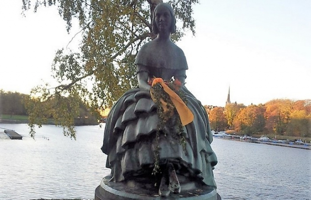 Памятник Дженни Линд./фото: playcast.ru