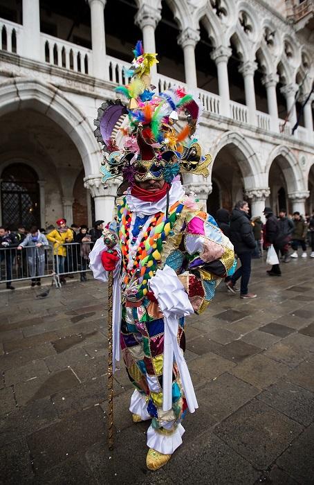 Карнавал - освобождение человеческой души от предрассудков и условностей.