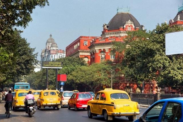 18-е место принадлежит крупнейшему городу Индии, население которого составляет 15,7 миллионов человек.