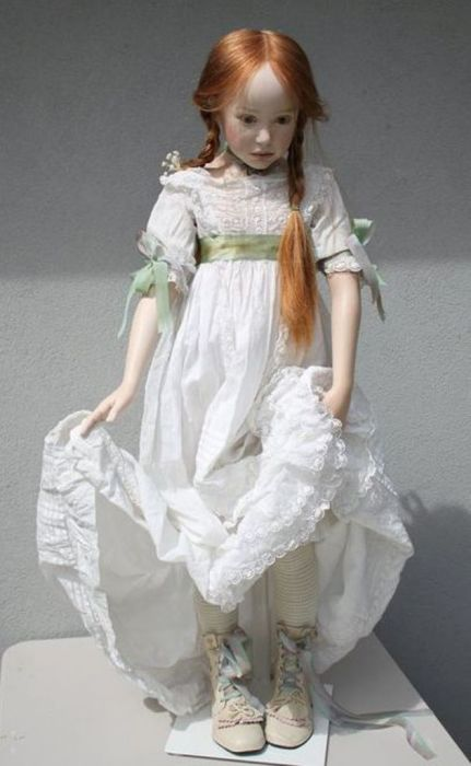 Белое платье. Автор: Jeanne Gross.