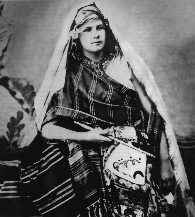 Изабель Эберхард в пустыне Сахель, около 1900 года. | Фото: de.wikipedia.org.
